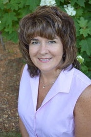 Carolyn Reis