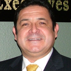 Roberto R. Lopez