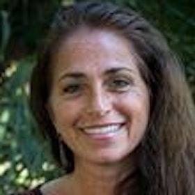 Kelly Troche
