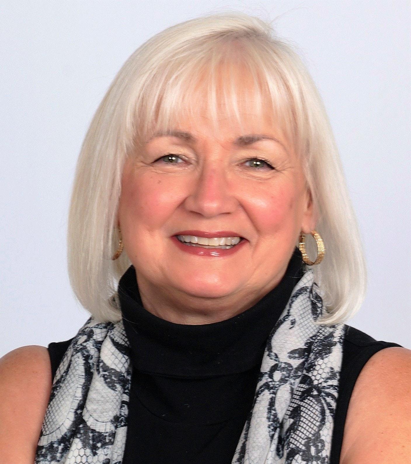 Lynn Ganster, PA
